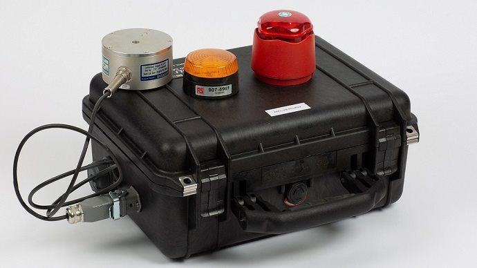 Portable vibration monitoring case